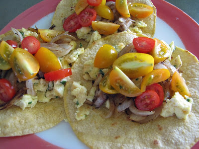 breakfast tacos by Honolulu Mark