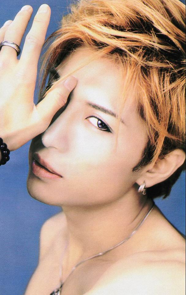 Year of the Dragon [OOC] 2263_gackt01