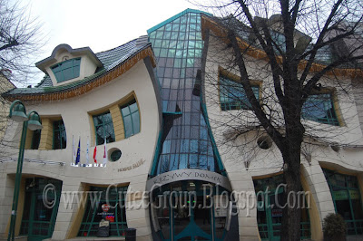 The Crooked House (  Sopot ,  Poland )