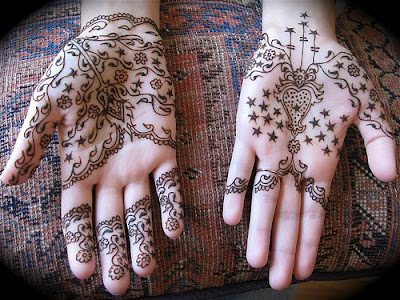 Latest Mehndi Designs for Girls