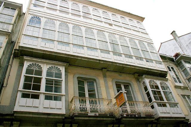 visitar el ferrol modernista, planos y guiías hotel a vía láctea, www.avialactea.com
