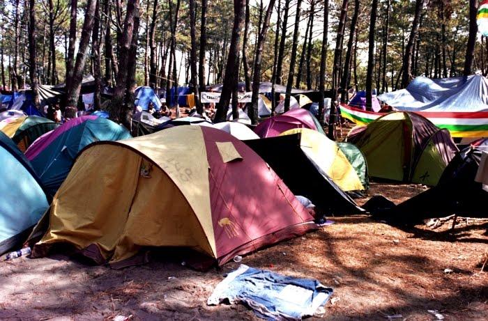Festival m sica celta ortigueira for Camping con piscina cubierta