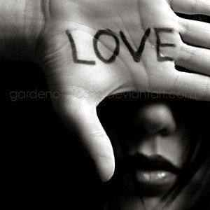 love_is_blind_by_gardenofgloom.jpg