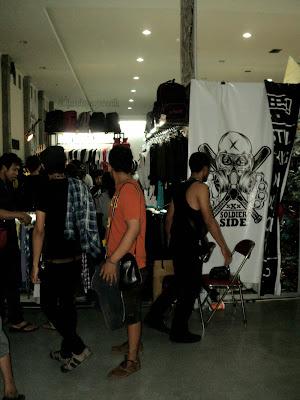 Kumpulan Foto Clothing dan Distro KICKFEST