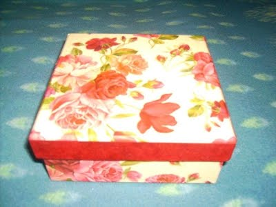 Cutie cadouri-8ron
