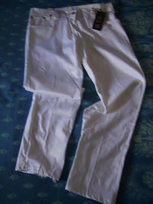 Pantaloni albi(noi,marimea S)-45ron