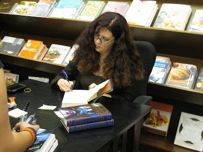 Melissa Marr3