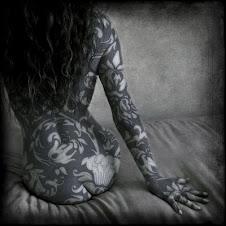 As palavras ditas, escritas...Ficam tatuadas na pele da memória...
