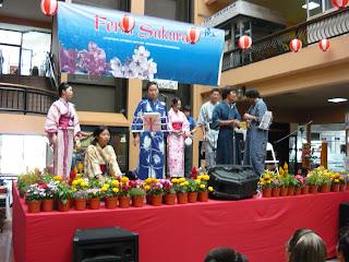 Feria Sakura 2009 (resumen) P1020073
