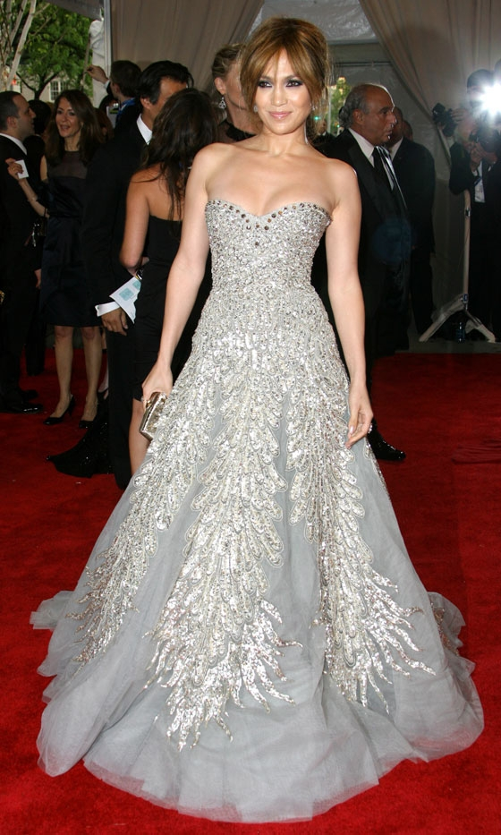 jennifer lopez dresses 2010. Jennifer Lopez in Zahair Murad