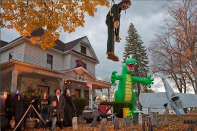 Hot Fresh Pics Cool Halloween Houses
