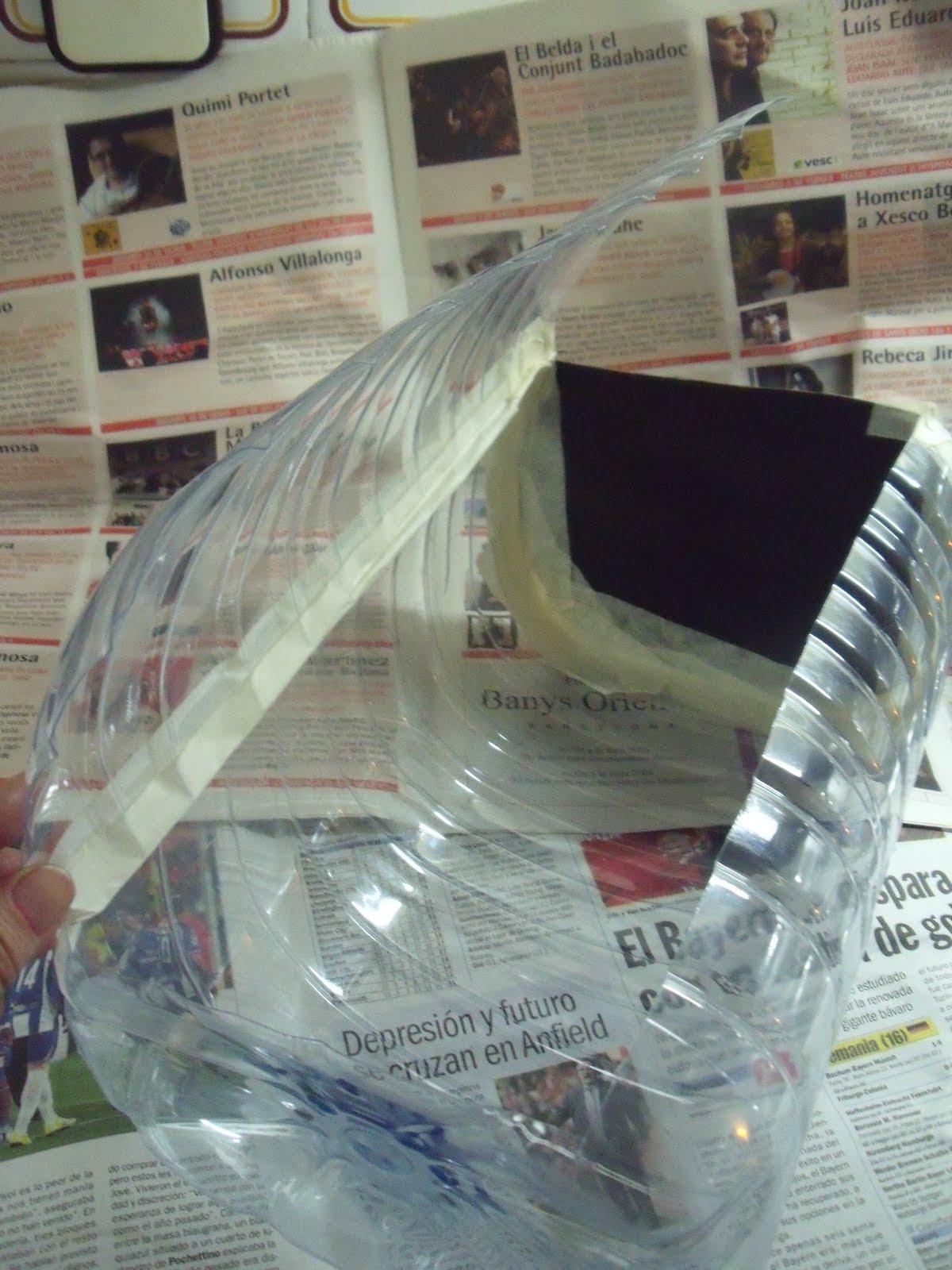 El bloc de gatona garrafa de agua transformada en ba l - Baul de plastico ...