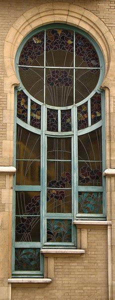 Ventana vitral Art Nouveau