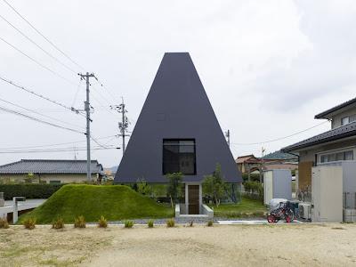 Construccion de casa diseño pirámide