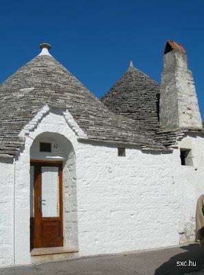 """Casas de arquitectura vernácula pintadas con aspecto """"a la cal"""""""