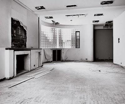 Interior a restaurar