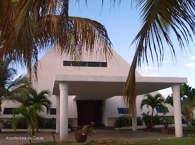 Casa de forma piramidal