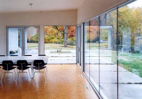 Interior de casa americana de aluminio