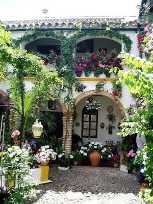 Arquitectura de casas patios de casas en espa a - Inmobiliarias en cordoba espana ...