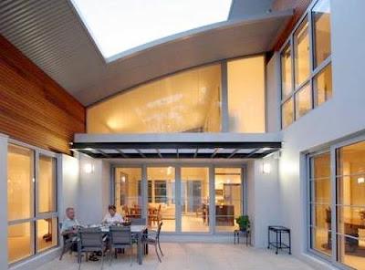 Arquitectura de casas casa doble moderna de techos curvos for Techumbres modernas