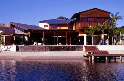 Casa moderna vacacional de inspiración oriental construida en Australia