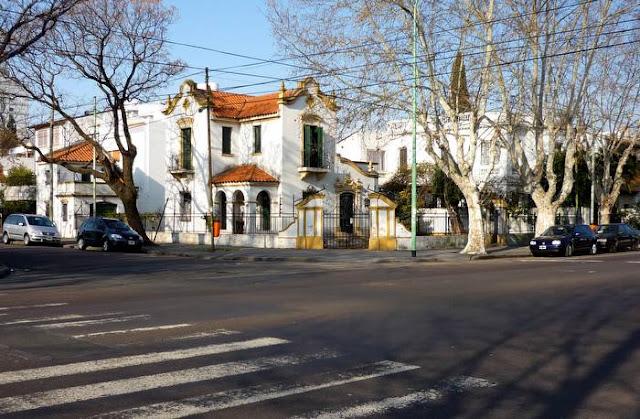 Residencia familiar estilo Colonial Español