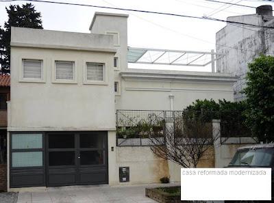 Casa urbana residencial antigua modernizada