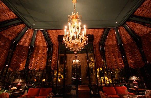 Salón de lujo en el chateau