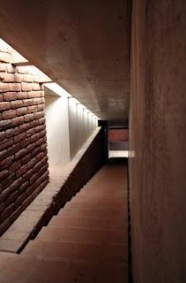 Interior + bloques de adobe