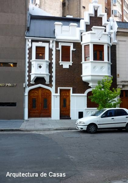 Arquitectura de casas una casa tudor for Piani casa casa tudor