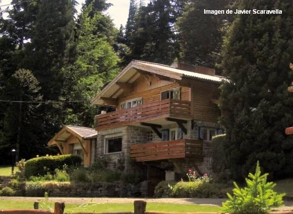 Arquitectura de casas casas de madera en bariloche for Casa en la montana