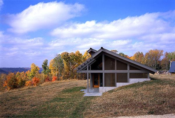 Perfil de casa rural contemporánea americana