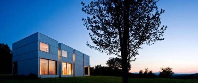 Perspectiva de casa estilo Contemporáneo en Estados Unidos