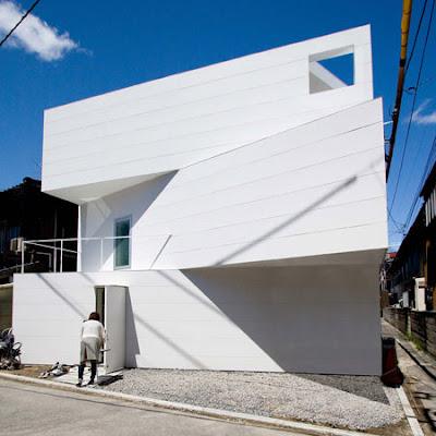 Arquitectura de casas casa japonesa con luz natural for Casa minimalista japonesa