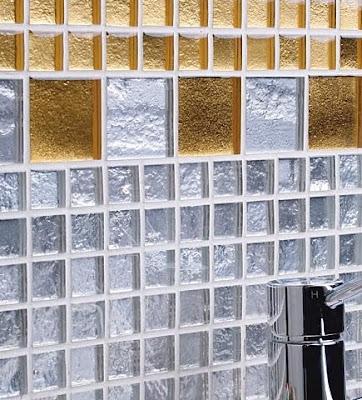 arquitectura de casas azulejos italianos con vidrio