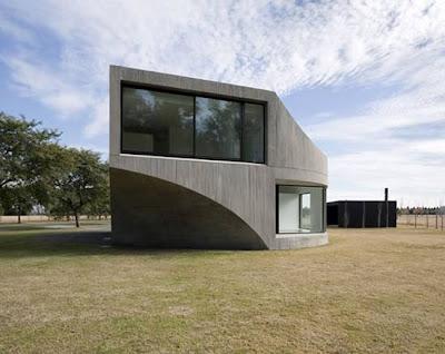 Ventanas vista en perspectiva de la casa minimalista en Rosario