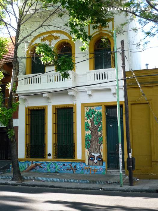 Mural en una fachada de vivienda en la Ciudad de Buenos Aires