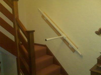 Detalle del salva escaleras instalado