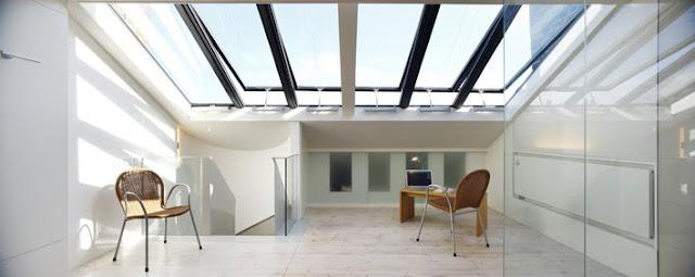 Terraza casa ventanas