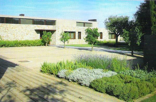 Arquitectura de casas jardines para casas en europa for Casas para jardin