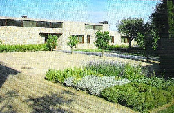 Arquitectura de casas jardines para casas en europa for Cerramientos de jardines y casas