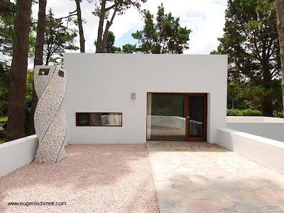 Casa moderna de estilo Contemporáneo