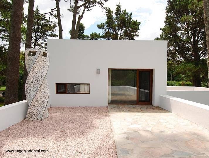 Arquitectura de casas casa moderna estilo contempor neo for Casa moderna blanca