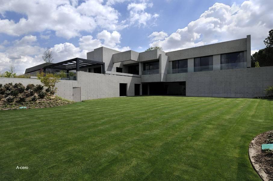 Arquitectura de casas casa residencial de concreto - Casas minimalistas en espana ...
