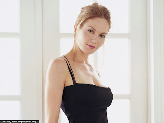 Diane Lane Lovely Wallpaper