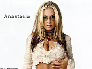 Anastacia Hot Image