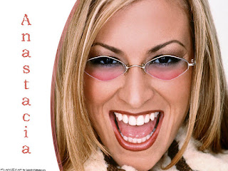 Anastacia Smiling Picture