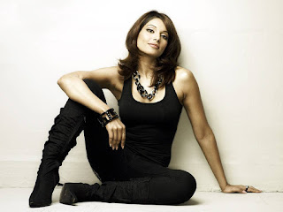 Bipasha Basu Hot Wallpaper