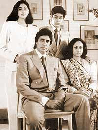 Amitabh Bachchan Beautiful Family Photo