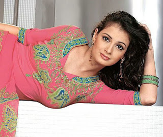 Diya Mirza Hot Wallpaper